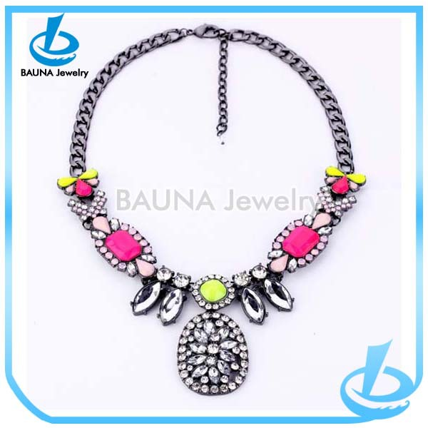 Vintage gun metal thick chain colorful flower bib rhinestone choker necklace
