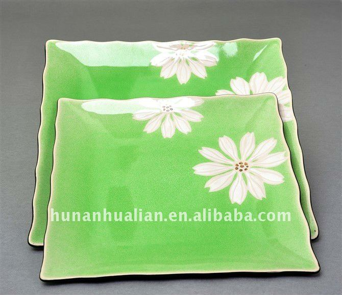 Pure and fresh flowers decorative china plates