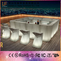 2015 Hot Hiqh Quality Bar PE Plastic Table Chair Furniture LED Salon Color Bars