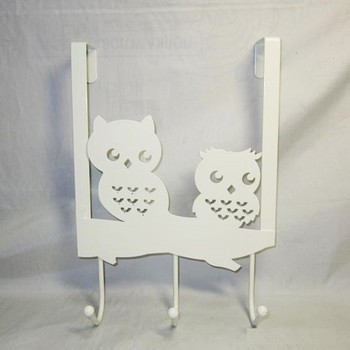 Metal Owl Shape Over the Door Hanging Rack with 3 Hooks