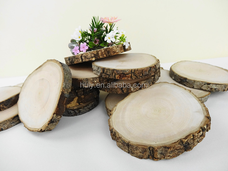wholesale Round Unpainted Rustic Wood Slices with Bark