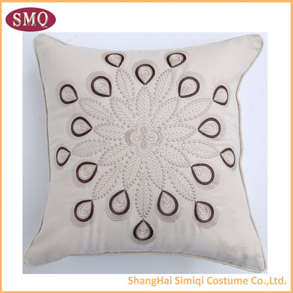 2015 Clean and crisp beatiful wholesale embroidery design magical cube pillowcase