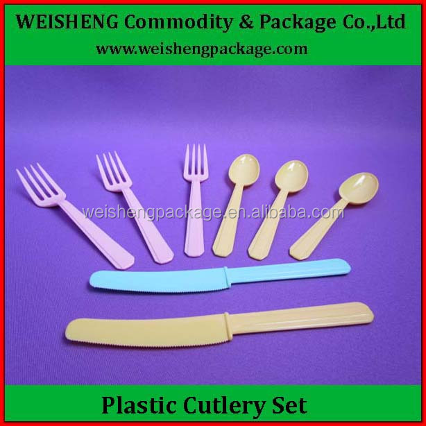 Hot sale and high quality most popular beautiful hard plastic disposable cutlery set