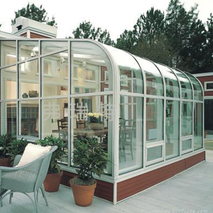 PVB laminated outdoor glass room