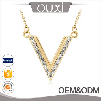 Hot Selling New Design Yellow Gold Plated Thin Chain Necklace AAA Zircon Letter V Pendant Necklace