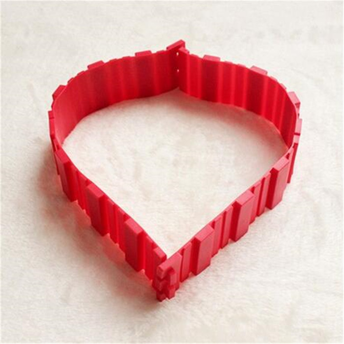 Promotional Heart Bakeware Kitchen Tool Magic Bake Snakes