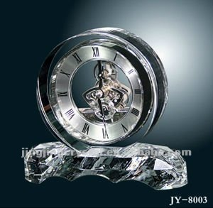 2016 factory wholesale fashion big round funny desk crystal clock for gift