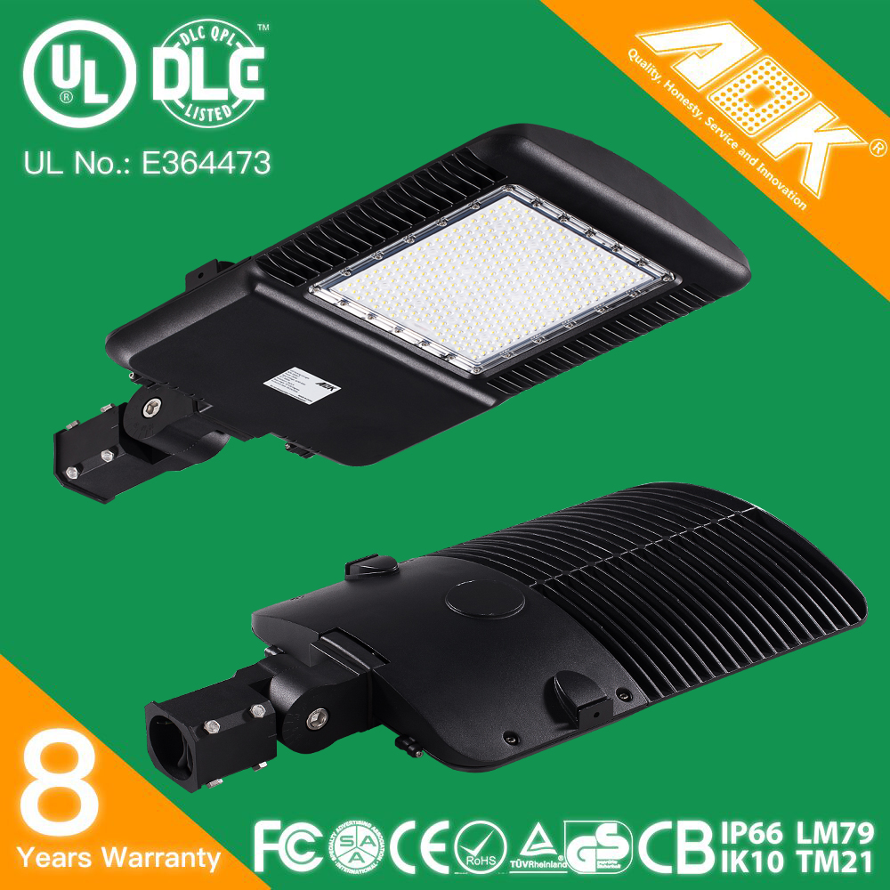UL cUL DLC Aluminum <strong>Alloy</strong> LED Parking Lot Fixtures IP66 IK10 130lm/w 5 Years Warranty