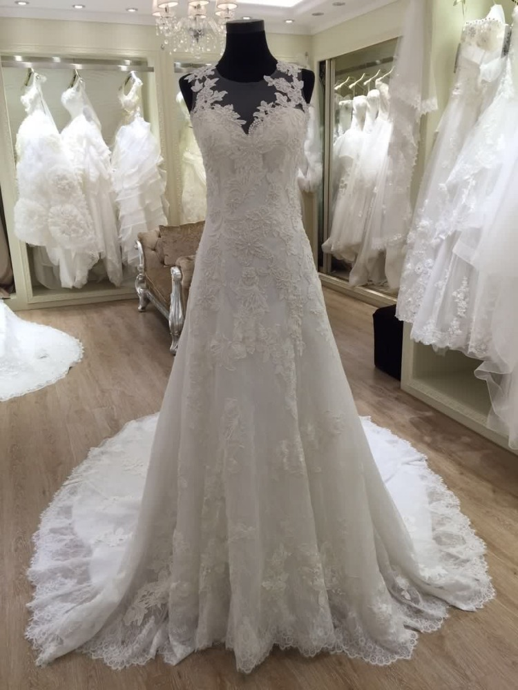 2016 spanish style lace wedding dresses made in china for Spanish wedding dresses lace