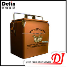 Insulated wine electronic mini cooler box