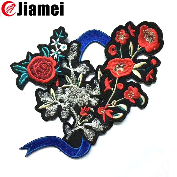 Custom clothes embroidery patches and badges fabric flowers applique
