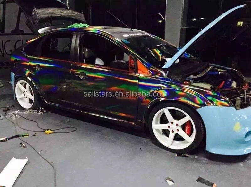 Rainbow-Chrome-Black-Holographic-Vinyl-Wrap (16).jpg