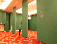 Kenya ballroom Sliding retractable wall partition panel foldable and collapsable partition wall panel