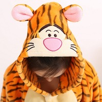 Autumn and winter new Tigger conjoined pajamas / cartoon animals couple lovely home service