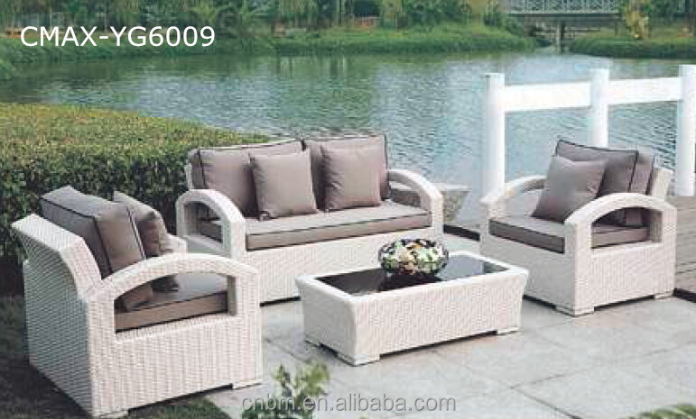 Middle East 2017 New Design White Rattan Outdoor Furniture Garden Sofa Cmax Yg6002
