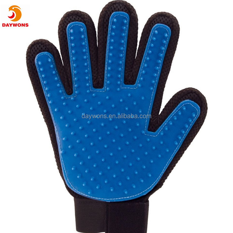 2018 New Cat And Dog Hair Remover Pet Washing Glove Pet Cleaning Grooming Products