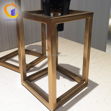 Chinese Supplier Commercial Decorative Modern Gold Rack Stainless Steel Display Stand