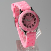 2017 Popular fashion Professional beautiful in colors silicone strap children watch