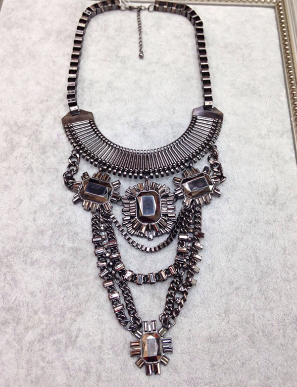 N922-166 Gun Black Color Metal Churky Heavy Big Statement Chokers Necklaces