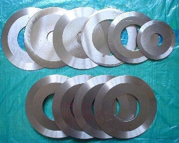 Round blades for battery sheet/plate cutting process.