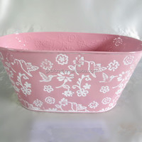 Oval Embossed Metal Flower Pot Tin