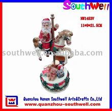 Polyresin Christmas Swing Decoration