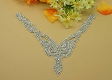 2016 Elegant V-shaped Crystal neckline Rhinestone applique trim for dress