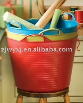 Plastic garden buckets,strong garden tools PE plastic horse feed trough