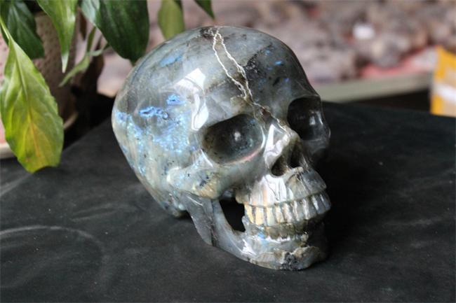 2kg Hollow Natual Labradorite Skull for Christmas / Semi-Precious Quartz Stone Carved Crystal Skull