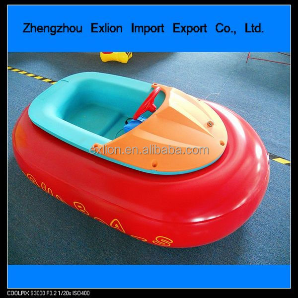 [2014 HOT SALE !!!]water bumper boat for kids water park equipment kids bumper boat battery operated bumper boat