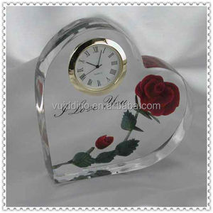 Laser Engraved Wedding Favor Crystal Clock For Wedding Souvenirs