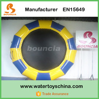 Round Shape Inflatable Water Jumping Trampoline / Water Floating Bed For Family Backyard