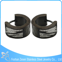 ZS19018 Black anodised earring , leopard sandpaper hoop earrings , men black earring