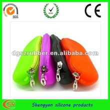 Fashion zipper style silicone rubber pouches for glasses