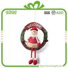 China Wholesale Alibaba Decor Supplies 12 Inch Snowman Hanging Xmas Gift Home Christmas Decorations Ratten Wreath Wreaths Items