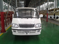 New model Toyota hiace mini van