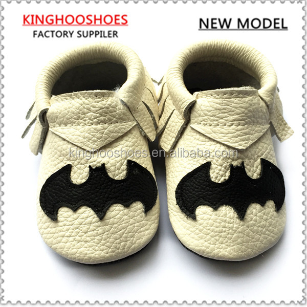 soft sole bat design moccasins baby shoes