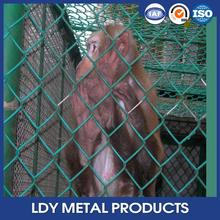 Wholesale chain link wire mesh/chain link fence top barbed wire/poultry electric fence (professional manufacturer)