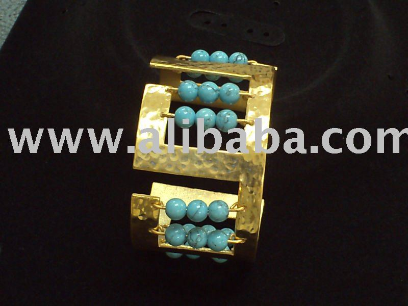 High-End Fashion Jewelries