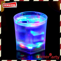 Best selling durable using custom led flashing cup