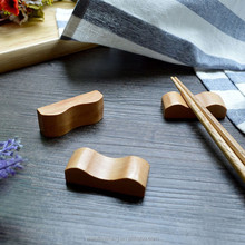 Natural Design Craft Wooden chopsticks holder chopstick rest chopstick holder
