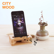2017 new design hot sale bamboo cell phone sound amplifier with phone holder