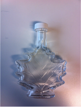 maple leaf shape glass bottles with plastic screw cap for syrup and wine