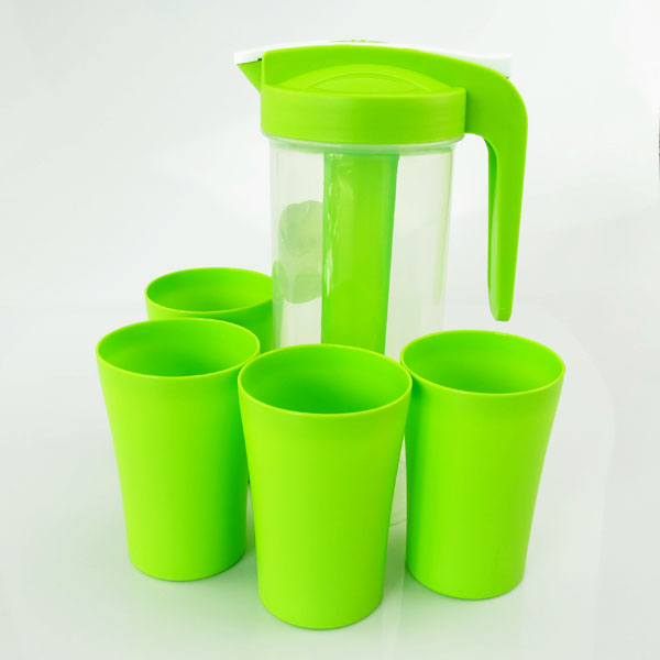 2 L plastic water jug set/Water pitcher with 4 cups