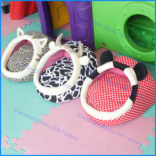 Winter Cartoon Slippers Dog Kennel Wholesale Buildings