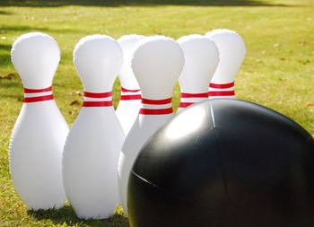 Funny Outdoor Inflatable Human Bowling Pins/Giant Inflatable Bowling Pin