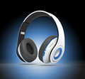 Noise Cancelling Wireless Bluetooth Headphones Light Weight & Headsets, with Build in Mic