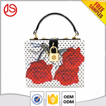 Newest China hot sale wholesale rose flower vintage lock custom women PU clutch bag