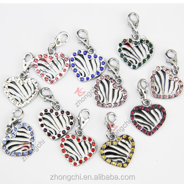2015 fashion jewelry sexy zebra pattern heart charms