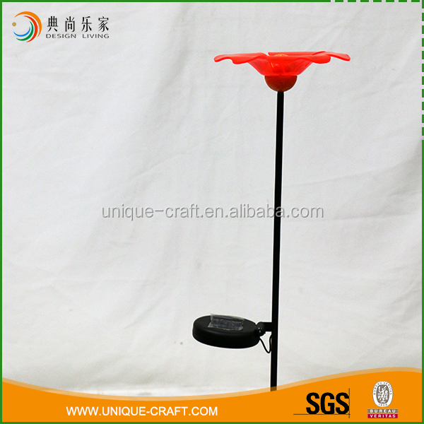 Specialized design iron plastic garden stakes with red plastic flower light